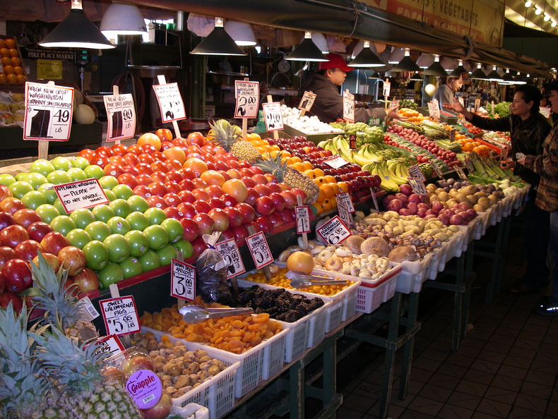 Pike market fruit