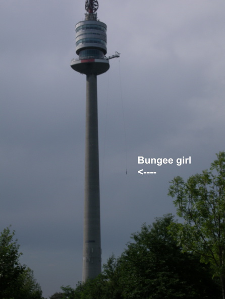 Bungee jumper girl